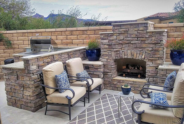 Tucson Outdoor Fireplaces and Fire Pits